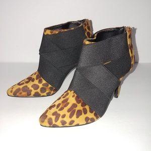 Mari A Shoes - 🔥 NWOT Leopard Print Heels